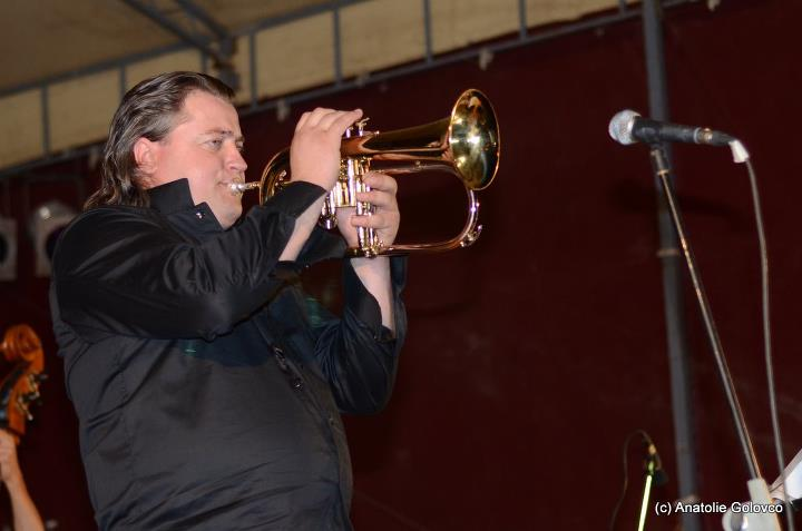 Valy Boghean trompeta