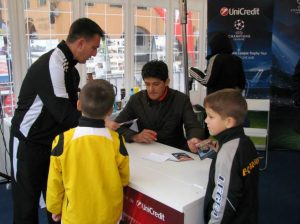 Champions League - Autografe Belo