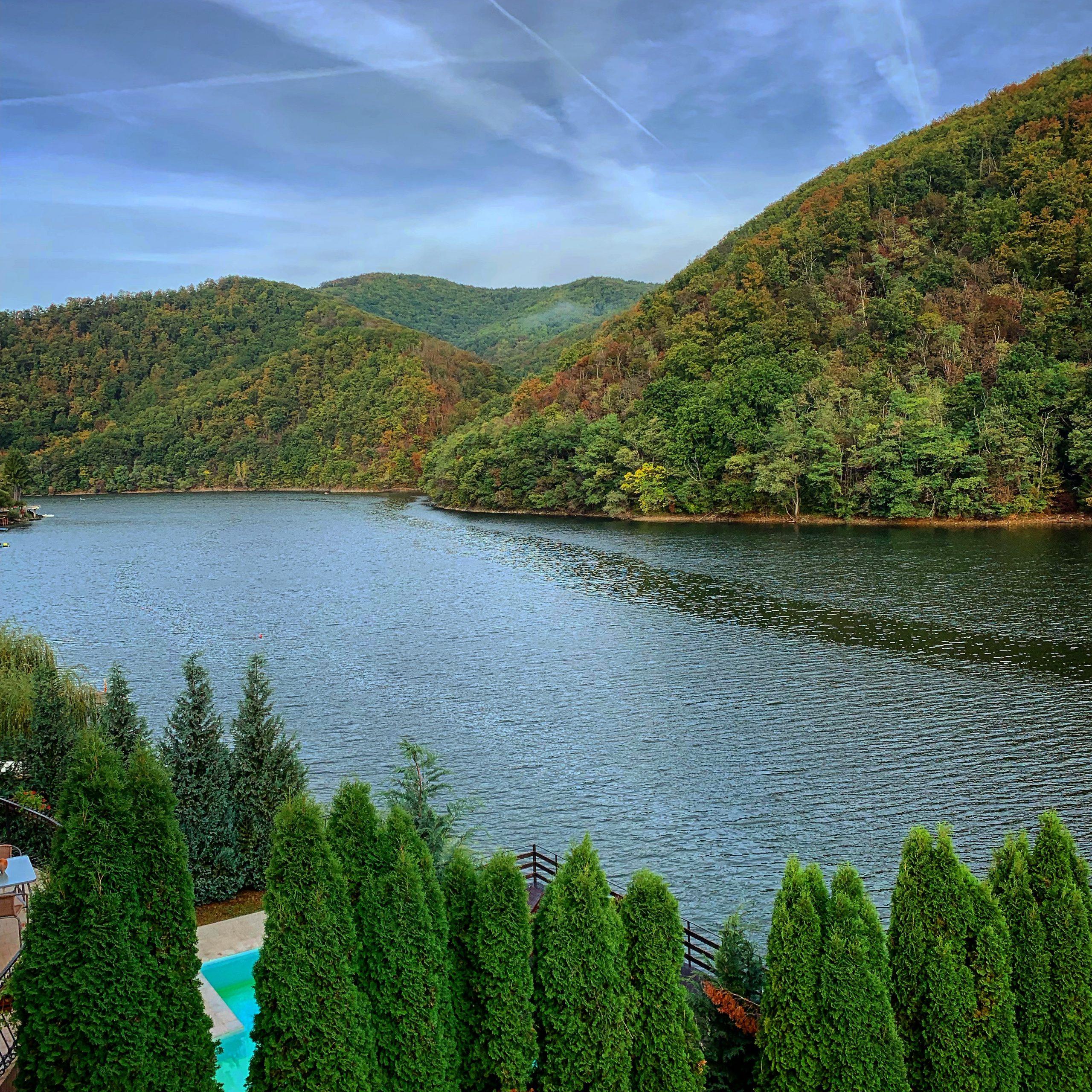 Ținutul Pădurenilor Lacul Cinciș